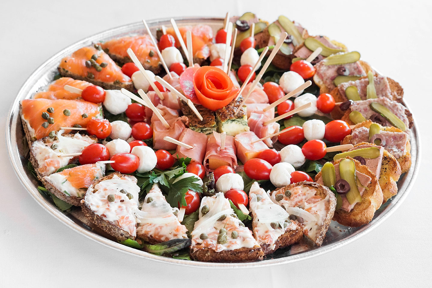 WeHo Bistro offers platters and catering to West Hollywood, CA